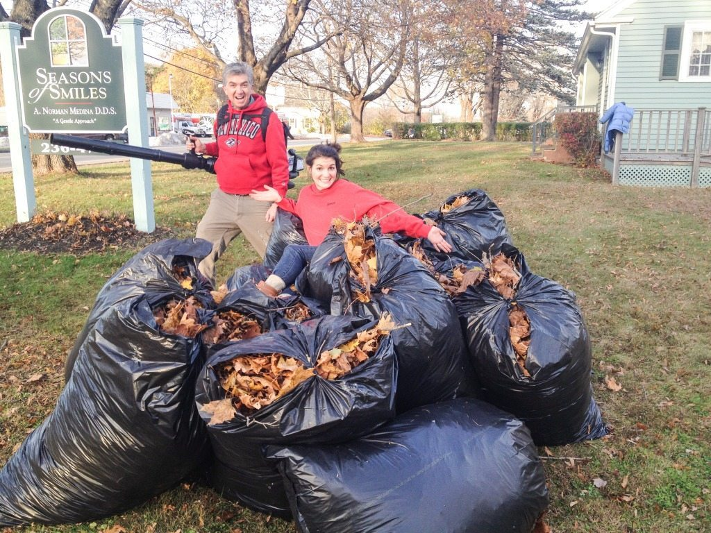 Come get your FREE Leaves