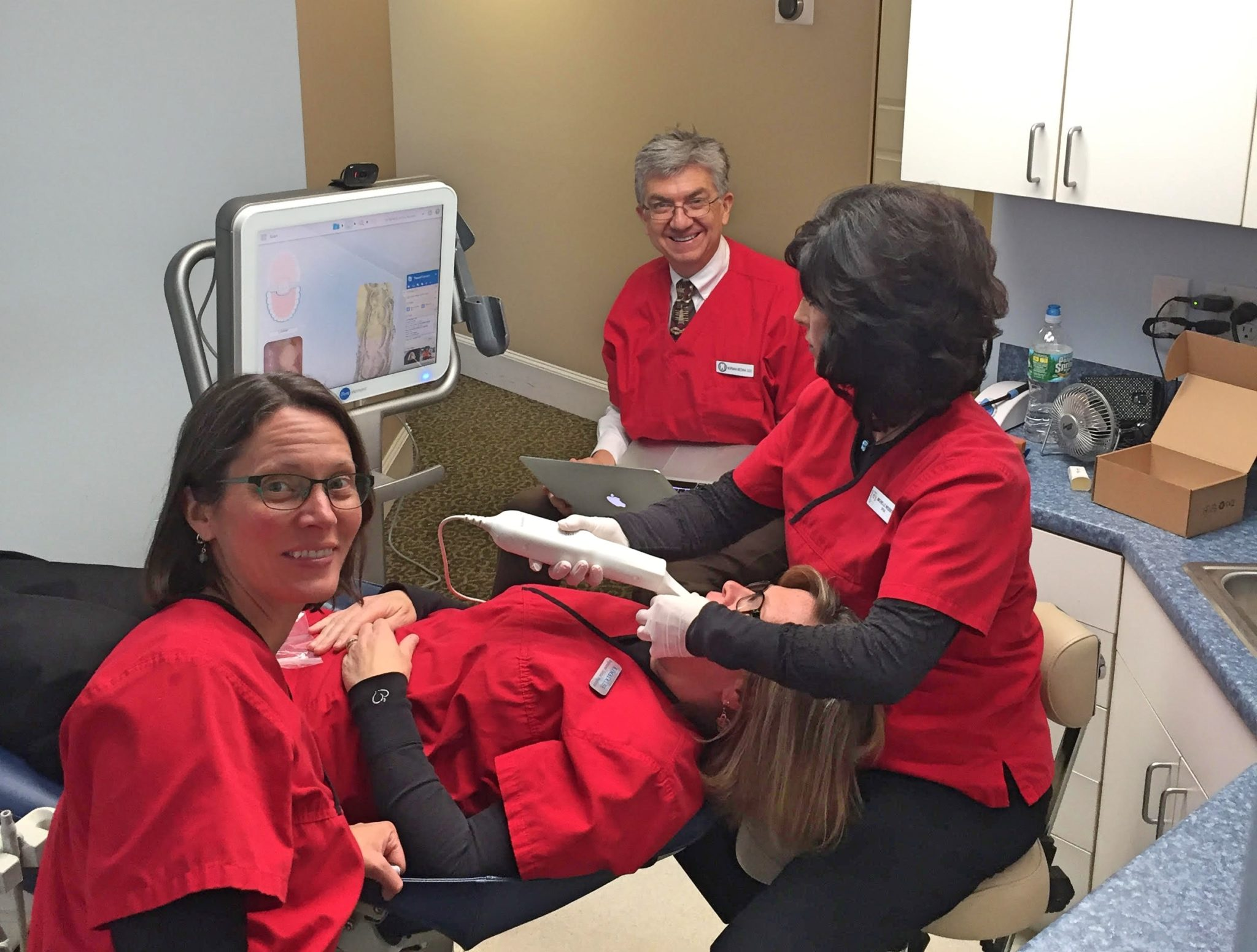 The Latest Dental Imaging Technology – Invisalign Itero Element